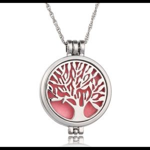 Jewelry - Tree of Life Aromatherapy Essential Oils Necklace